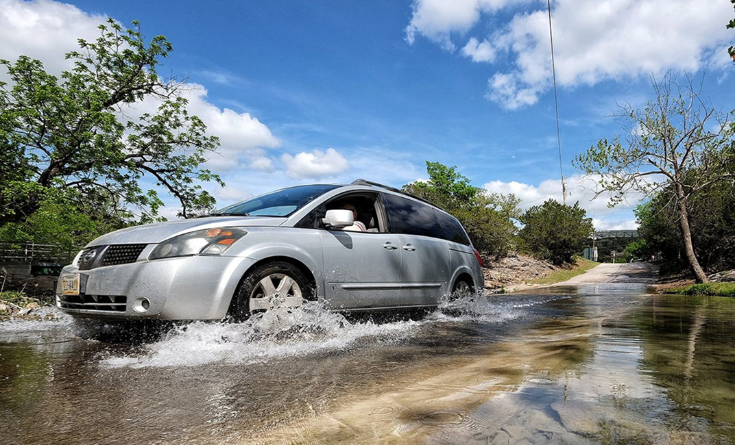 Know The Importance Of Car Insurance For Flood And Car Soaking